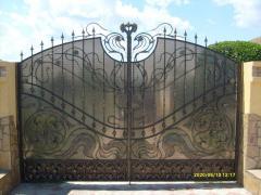 Въездные ворота металлические кованые