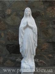 Скульптура Божьей Матери, высотой 130 см