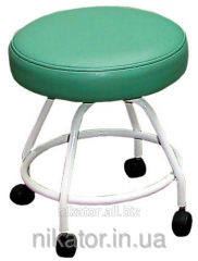 Padded stool for the pedicure technician (without