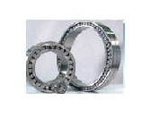Bearings are roller persistent radial