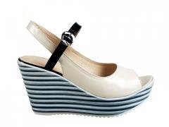Черно бежевые туфли с чем носить