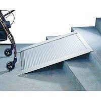 Folding aluminum ramp for OSD 150 wheelchairs