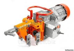 Machine rail-drilling CTP3
