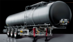 Tanks for transport of bitumen