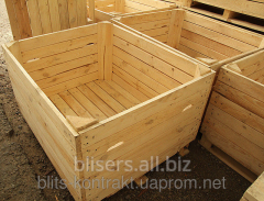 The container for apples wooden