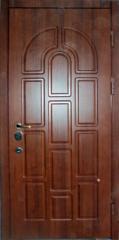 Двери металлическая,  плита МДФ с лица двери и с