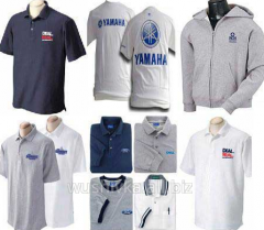Clothes for promotion actions with an embroidery