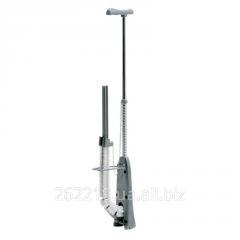Инструмент для автоматической фиксации трубы на