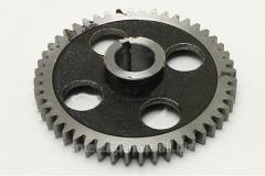 Gear wheel of a raspredeliteny shaft 175, 180