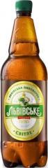 Lv_vske Sv_tle's beer of 2 l