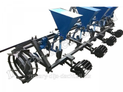 Four-row seeder vegetable for a minitractor (KR-31