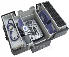 Medical bag with the Heine Professional tools