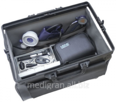 Medical bag with the Heine Classic tools