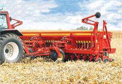 Сеялка Bertini модель 32.000, ширина 14 м, для крупного, мелкого зерна и трав