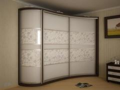 Radial sliding wardrobes
