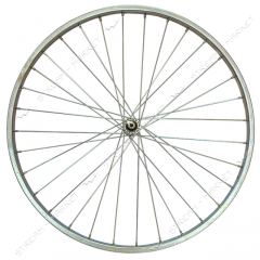 Wheel the forward strengthened d 28 on the bicycle