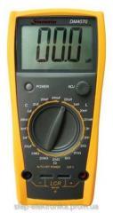 LCR DM4070 measuring instrumen