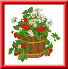 Bucket with wild strawberry of KTK - 4005