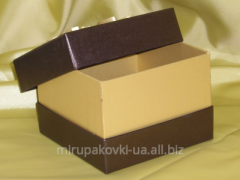 Packing a box a bottom + a cover with a high