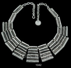 Necklace 1042