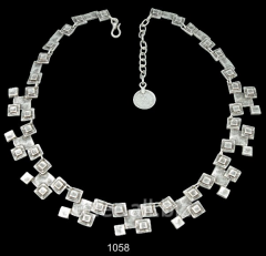 Necklace 1058