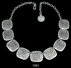 Necklace 1061