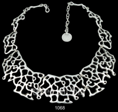 Necklace 1068