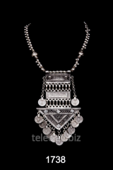 Necklace 1738