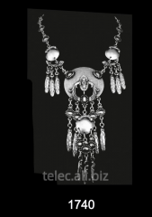 Necklace 1740