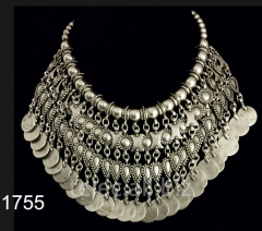 Necklace 1755