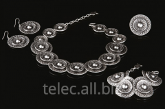 Set of costume jewelry of Refi
