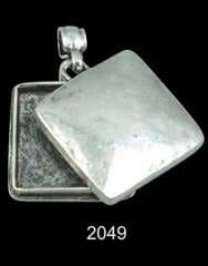 Pendent of 2049