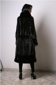 Tailoring of the Coat from natural fur of mink.
