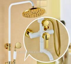 Смеситель для ванной с душем белый Emeraldin