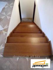 Лестничные ступеньки разные от украинского