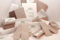 Papírové pytle pod logem
