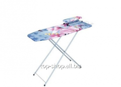 Ironing table with a podrukavnik