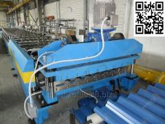 Equipment for production of a professional flooring