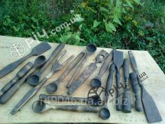 Set of tableware made of wood