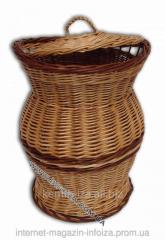 Basket wattled for linen