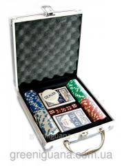 Poker set in an aluminum case
