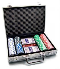 Poker set in an aluminum case (2 packs + 200