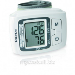 The device for measurement of arterial pressure of