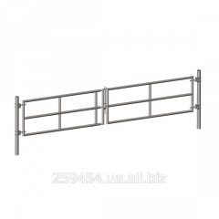 The gate is telescopic double