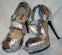 Barefoot persons female leather to Tura Z USA,