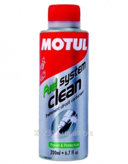 Cleaner of the Motul Fuel System Clean Moto