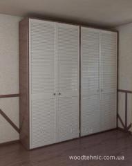 Дверцы жалюзийные  для шкафов купе из дерева