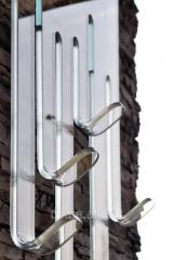 Hanger from bent glass