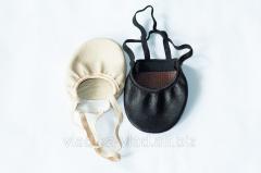 Semi-Czeches, semi-fingers leather.