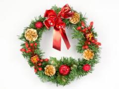 Новогодний венок большой с красными цветами